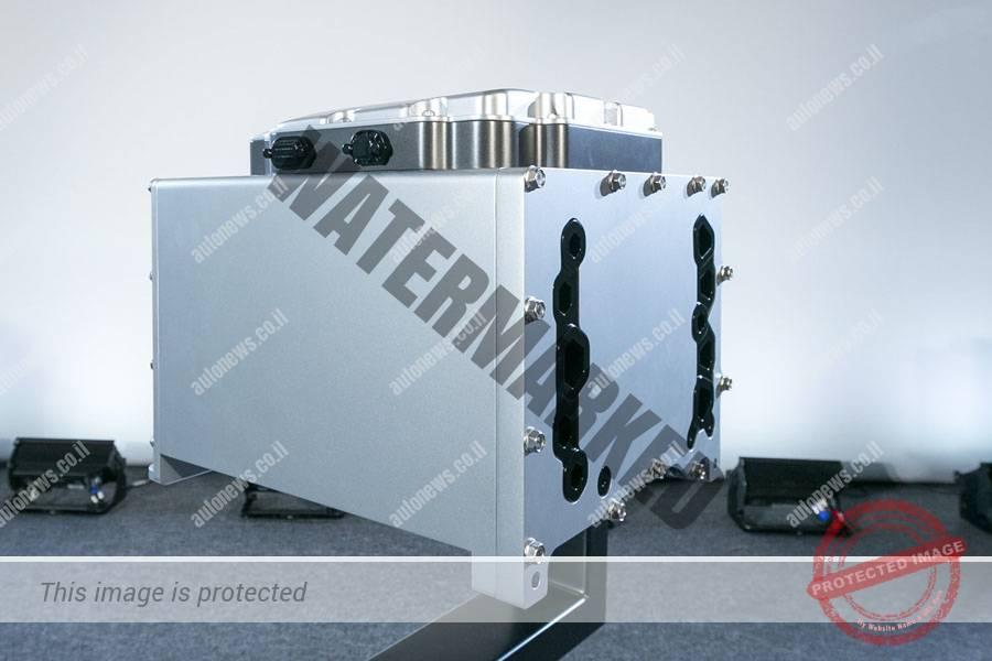 מתקן תאי דלק חשמליים שהוצג בעת הטקס לחתימת ההסכם בין הונדה לג'י.אמ לייצור משותף (ג'י.אמ)