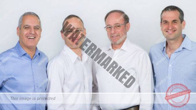 ארבעת מייסדי החברה (מימין לשמאל): עמי דותן, דוד ברזילי, טל בן-דוד, אסף הראל (קרמבה סיקיוריטי)