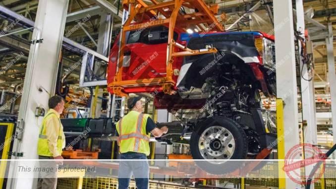 פס הרכב של פורד סידרה F. מעל 800,000 יחידות ב-2016 (פורד)