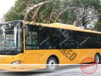 """אוטובוס חשמלי של היגר בעמדת טעינה (יח""""צ)"""