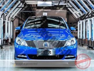 DENZA 400 שיפור בצפיפות החשמלית והגדלת הטווח (דיימלר)