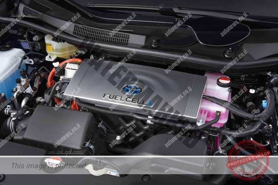 מערכת תאי הדלק החשמלי בטויוטה מיראי ממוקמת בחלק הקדמי של המכונית (טויוטה)