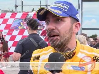אלון דאי מאוכזב אחרי שסיים במקום השני במרוץ הראשון (צילום מסך)