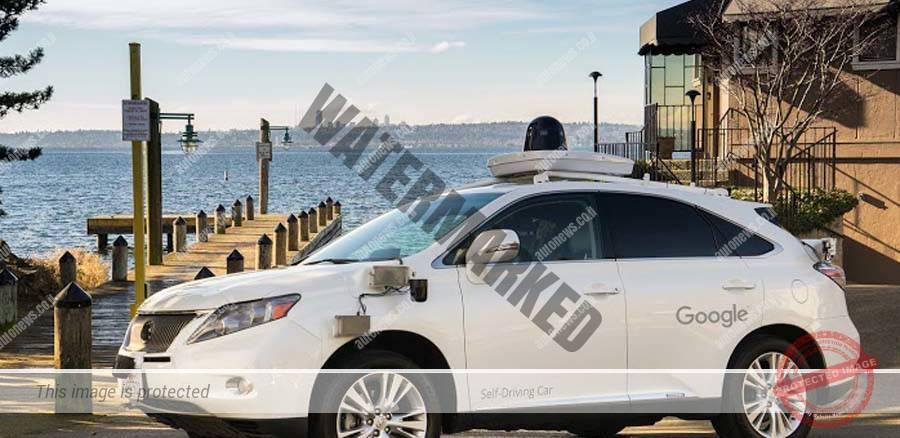 טויוטה פריוס הייברידית במבחן מערכות נהיגה אוטונומית של גוגל (גוגל)
