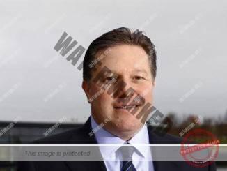ז'אק בראון, מנהל בכיר במקלארן, אחראי למרוצים ולשיווק (מקלארן)