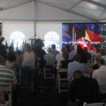 הקהל גדש את האוהל שבו נערך הטקס