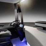 סביבת נהג רגועה באוטובוס העתיד של מרצדס בנץ עם מערכת CityPilot (דיימלר)