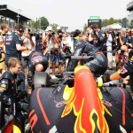 גרנד פרי איטליה 2016, דניאל ריקארדו נכנס למכונית הרד בול-רנו דקות אחדות לפני הזינוק